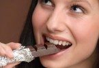 Ciocolata neagra te mentine in forma
