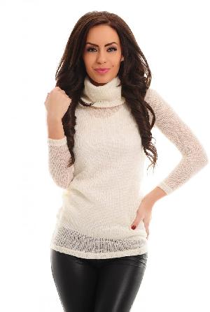 pulovar tricotat pe gat alb