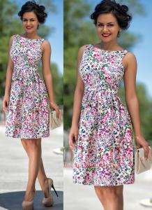 rochie cu imprimeu floral colorat