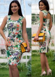 rochie trei sferturi cu imprimeu floral