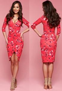 rochie rosie cu crapatura si imprimeu floral