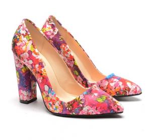 pantofi cu flori