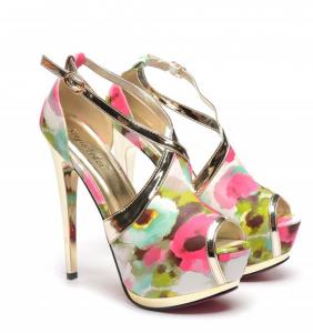 pantofi decupanti model floral