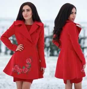 Palton iarna rosu