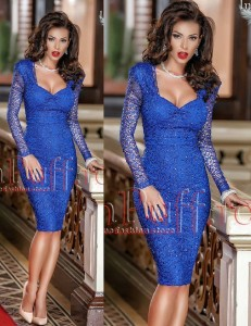 Rochie albastra treisferturi