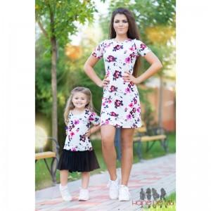 Rochii mama fiica cu model floral
