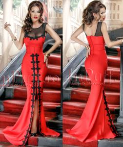 rochie lunga rosie cu broderie pentru revelion