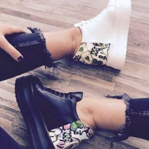 Pantofi sport cu platforma si imprimeu