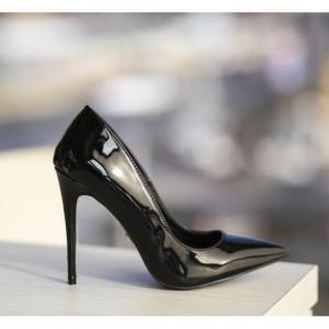 pantofi stiletto negrii luciosi