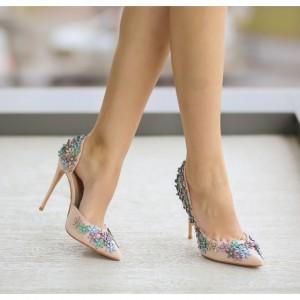 pantofi cu toc nude