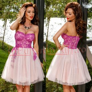 rochie princess cu dantela roz