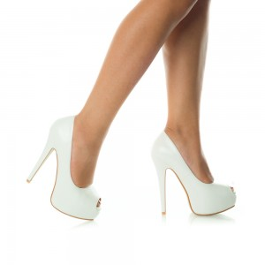 pantofi de mireasa decupati in fata
