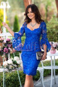 rochie albastra cu maneci clopot