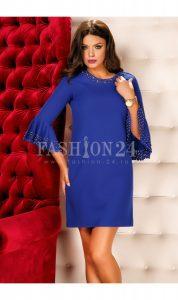 rochie albastra cu maneci din dantela